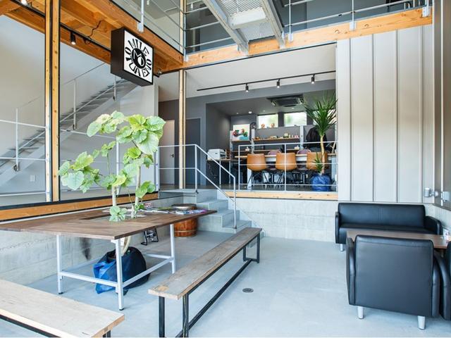 お客様の目線になり働いておりますお車のことなら何でも承りますのでどうぞお気軽にご相談下さい。