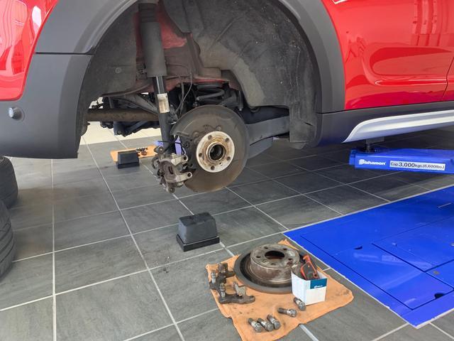 車検・修理・整備・板金など幅広く対応しています