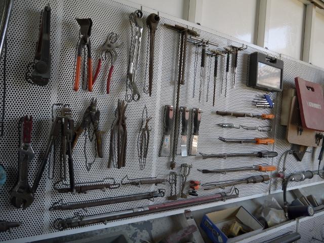 整備・修理に必要な設備はすべて揃っております