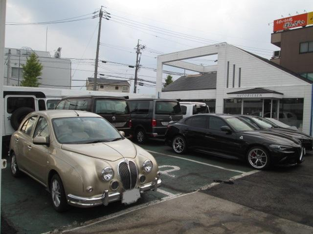 お客様駐車場もございます。お気軽にお越し下さい。