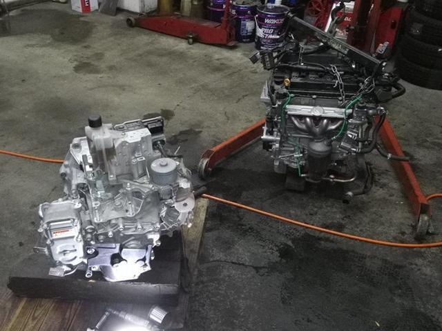 エンジンの載せ替えやオーバーホールなどの重整備にも対応しております!
