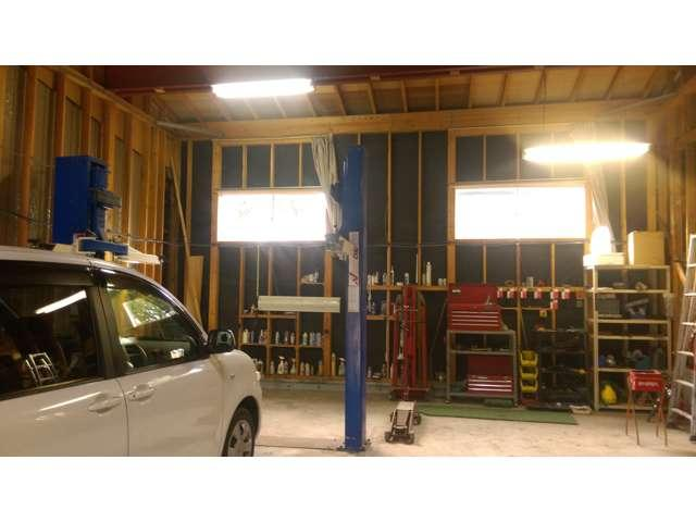 お車選びから板金塗装・整備いたるまで、お車のことであれば、何でもご相談ください。