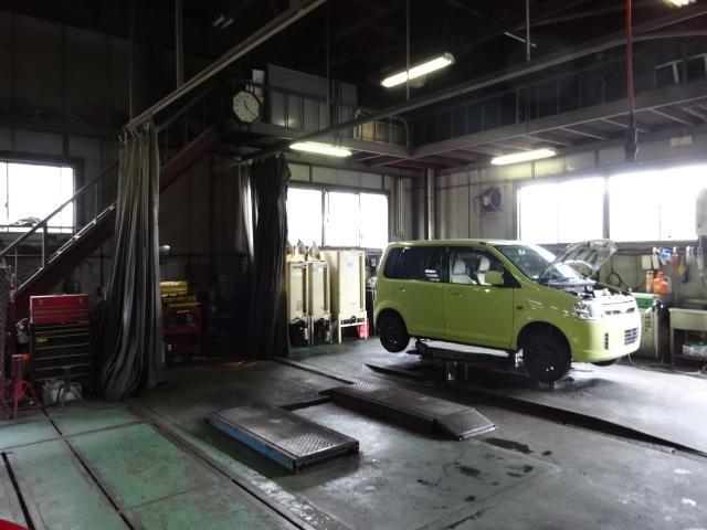 国家2級自動車整備士しっかり整備致します。