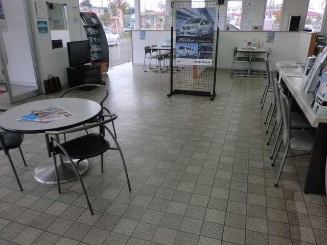 函館日産自動車(株)クエスト5(4枚目)