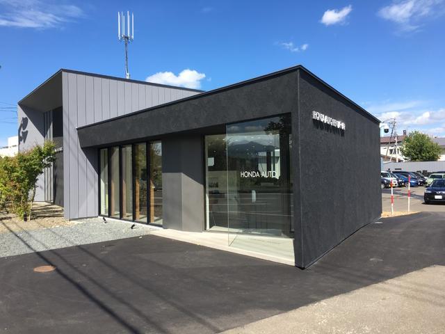 札幌市の車検や一般整備、板金塗装、パーツ取り付けは当店へお任せ下さい。