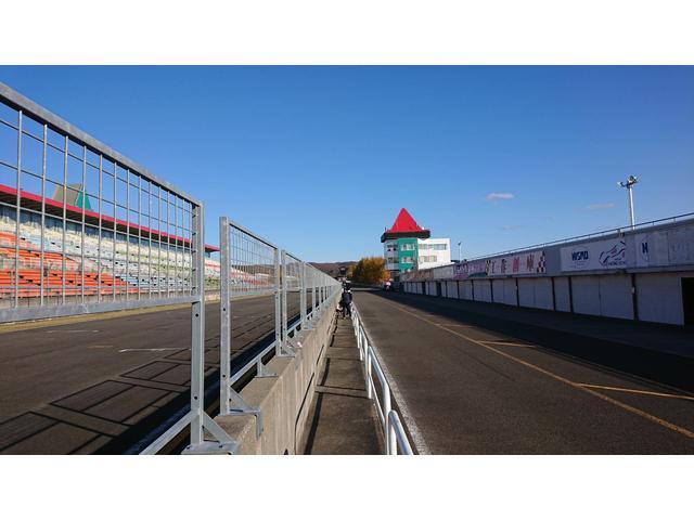 レース参加時などは閉めている場合もありますので、事前にお問合せください。