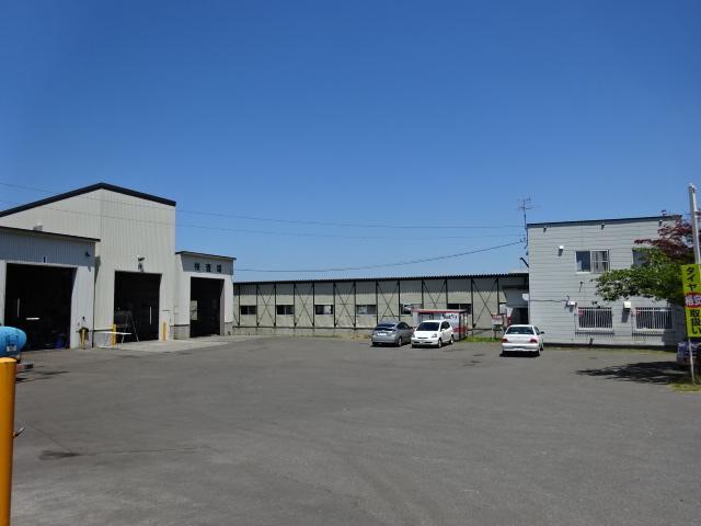 江和自工では軽自動車から、大型車、大型特殊車両まで安心安全を第一で車検承ります!
