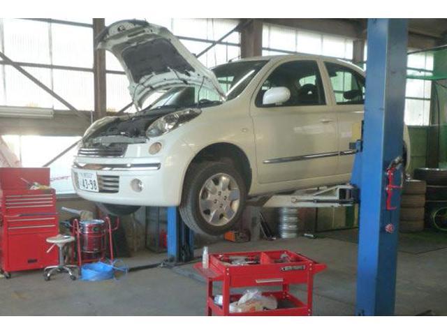 タイヤ、パーツの取付はもちろん、エンジンオイルの交換や各種メンテナンスご相談ください。