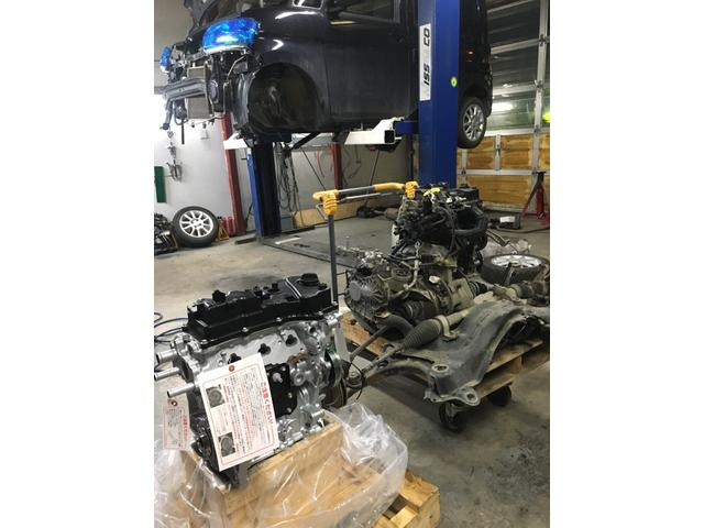 オイル交換からエンジン載せ替えまで、各種整備・修理もお気軽にご相談ください!!