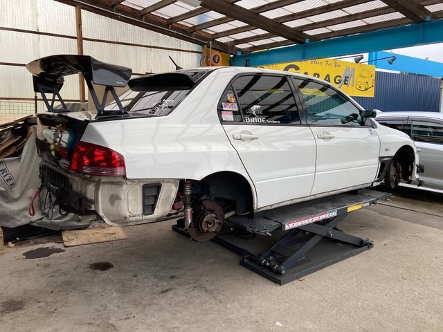 パーツ取付・車販売・買取・メンテナンス・自動車保険・レースカー製作など幅広く行っております!