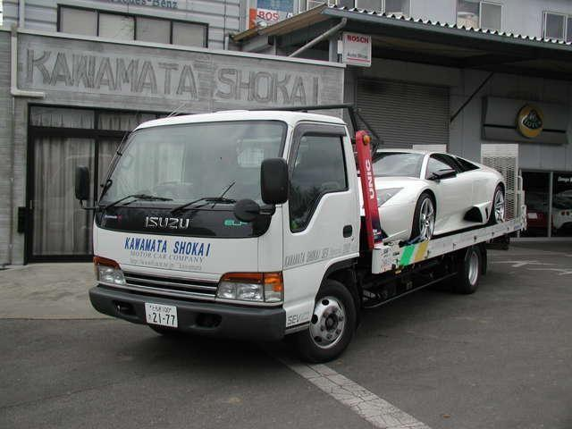 専用積載車2台完備 ワイドボディやローダウンの車も積載可能な積載車です。
