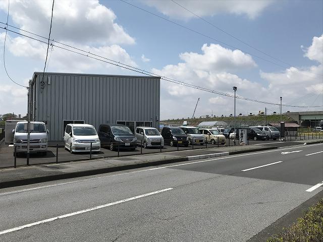 国土交通省の認証工場をし得しています。安心して皆様のお車をお預かりできます。