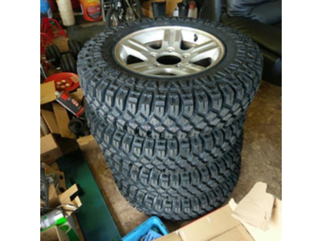 タイヤ、パーツの販売も行っております。お気軽にお問い合わせください。