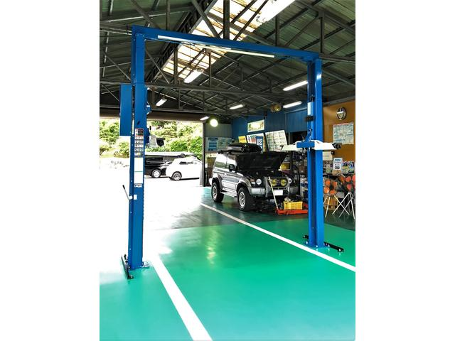 車検・点検・一般整備・修理・鈑金塗装・各種パーツ取付・タイヤ交換などお車のことは全てご相談下さい。