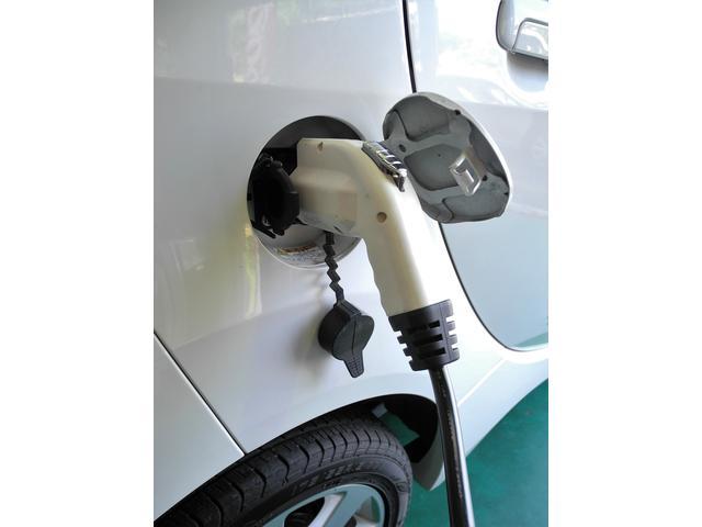 電気自動車の整備もご相談下さい。