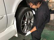 タイヤ・ホイール取付承ります。