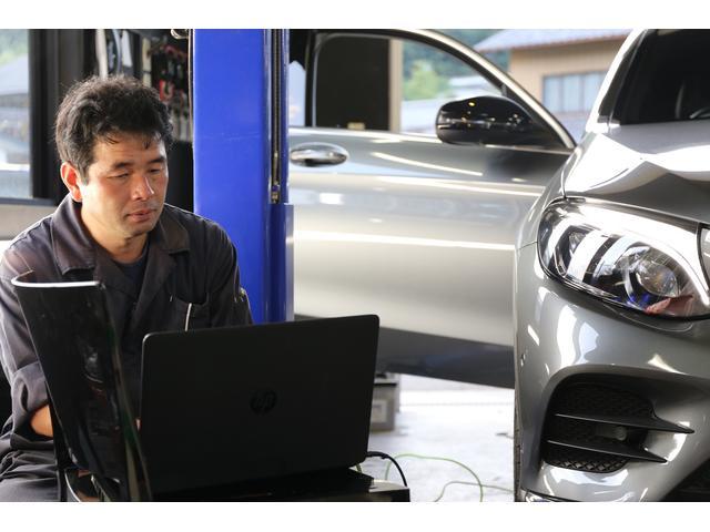 コーディング・専用診断機による確かな作業です。ベンツ・アウディ・BMW・ポルシェその他各社承ります。
