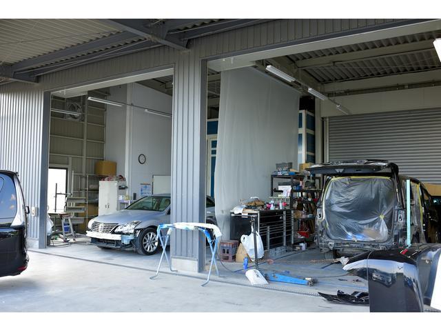 total garage yashichi トータルガレージ ヤシチ(3枚目)