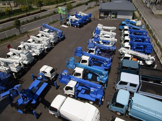 グローバル・トラックス(株)高所作業車・クレーン専門店(5枚目)