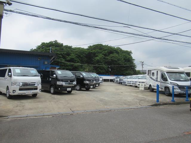 (株)フジカーズジャパン つくば店 キャンピングカー(1枚目)