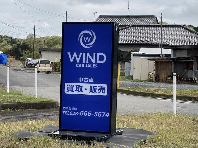 お車の販売、買取も行っております。