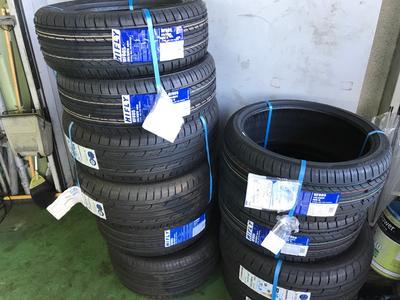 タイヤは車と路面を繋ぐ唯一の部品です!