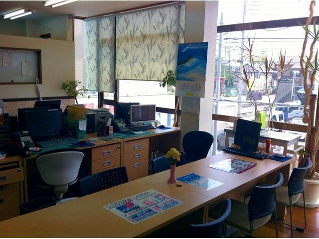 AYASE(株)アヤセ商事 トラック・バス・商用車専門店(5枚目)