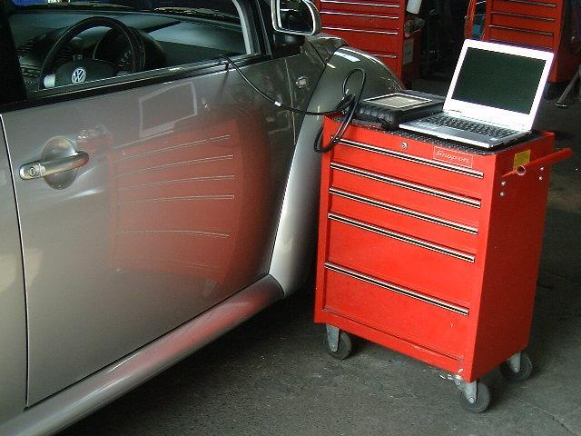 各種コンピューター診断機完備!国産・外車ほとんどの車の診断が出来ます!