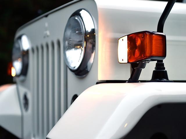 お車の販売は勿論、NOX適合、オーバーホールやカスタムもお気軽にご相談ください。