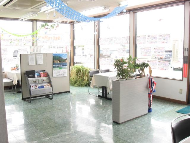 ミヤマ自動車販売(株) 求名駅前店(4枚目)