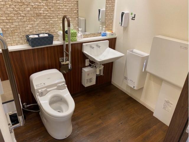 トヨタモビリティ東京(株)U-Car金町店(5枚目)