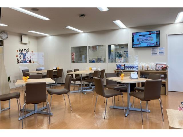 トヨタモビリティ東京(株)U-Car足立竹の塚店(5枚目)