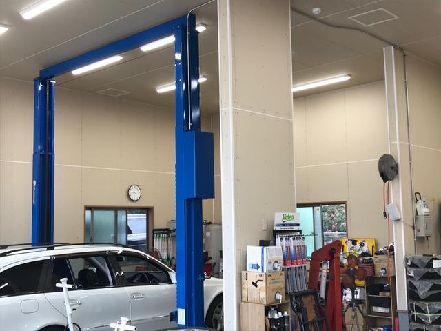 当社の整備士が、お客様の大切なお車をお預かりいたします。