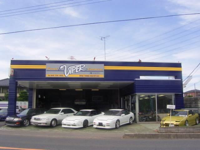 スポーツカー中心のラインナップでチューニングを施した車両を多数展示しております、全国納車いたします。