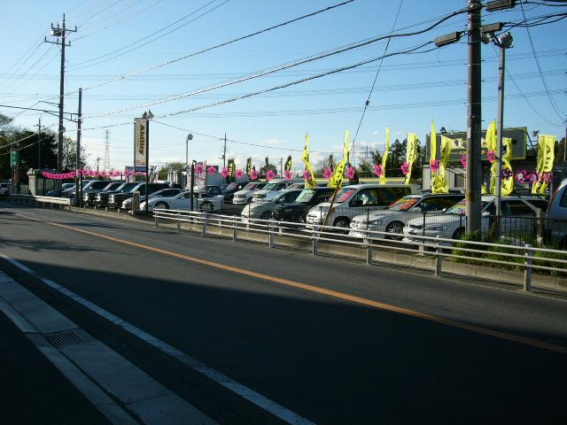レアな外車から流行のコンパクトカー、ドレスアップカーなど良質車だけ販売してます。是非ご来店下さい。