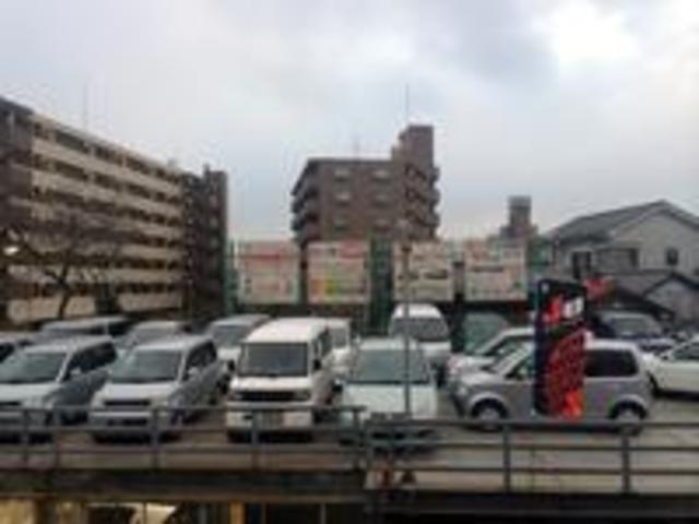 株式会社 岩立モータース 鈑金工場