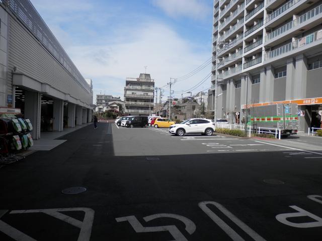 (株)ホンダカーズ東京中央 北池袋店(3枚目)