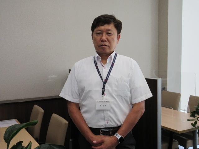 店長 若月 信幸(わかつき のぶゆき)