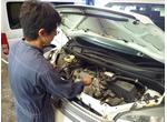 1台1台しっかりと整備、点検を施した車検を提供しています。
