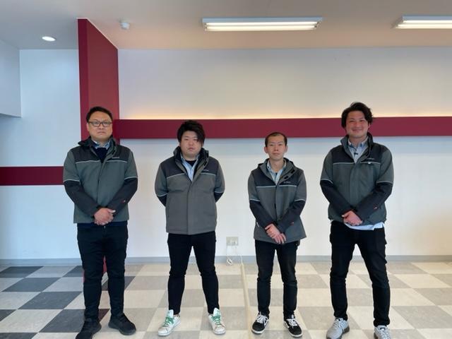 スタッフ 左から中田、緒方、石川、篠原です