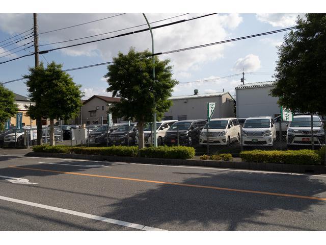 プリウスを中心に「エコ」にこだわったお車を多数取り揃えております。リーフ等の電気自動車もございます。