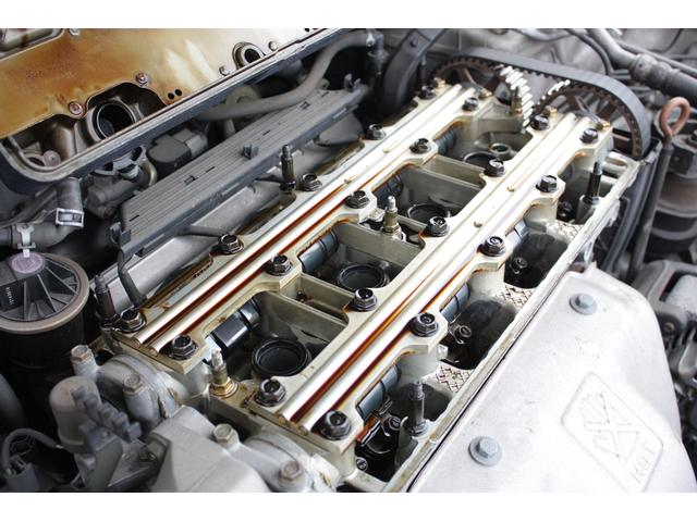 エンジンの細部に至るまでオーバーホール、クリーニング致します!機関系お任せ下さい。