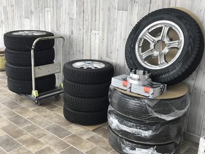 お買い得な中古タイヤも販売しています!