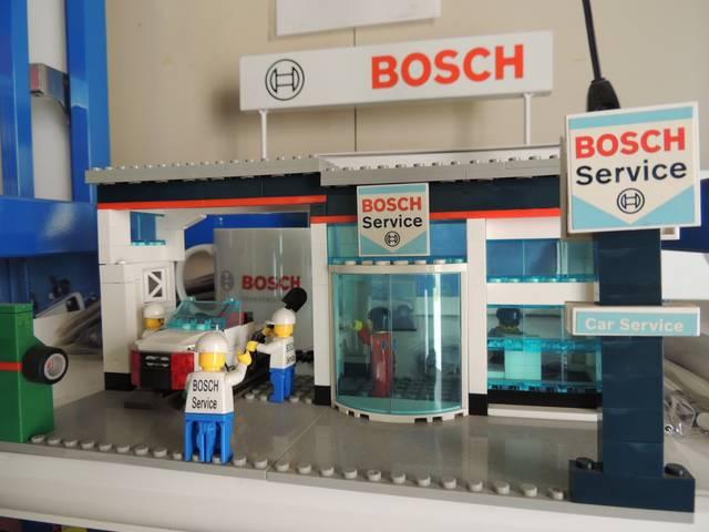 最新鋭の診断機器を駆使した整備工場。「ボッシュカーサービス」