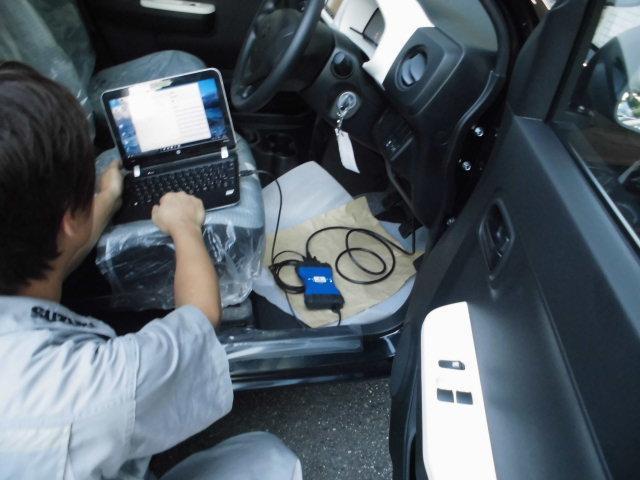 今の車には必須のコンピューター診断機を完備