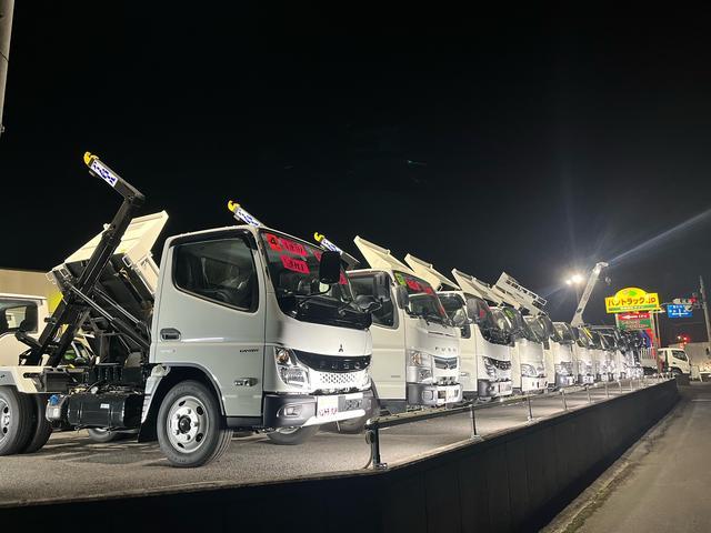 平ボディ、アルミバン、パワーゲート、クレーン、ウイング、etc..各種トラック在庫しております。