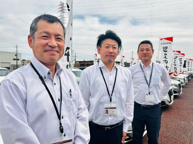 お客様と一緒に作っていく店舗を目指しています!! 佐藤、木村、千田