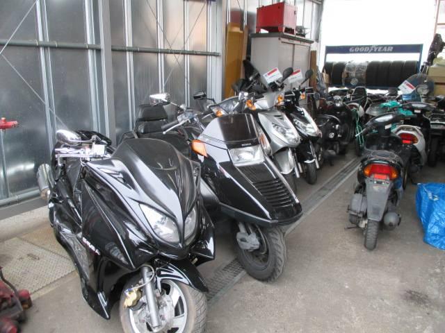 バイクの販売、車検、整備も受け付けております。