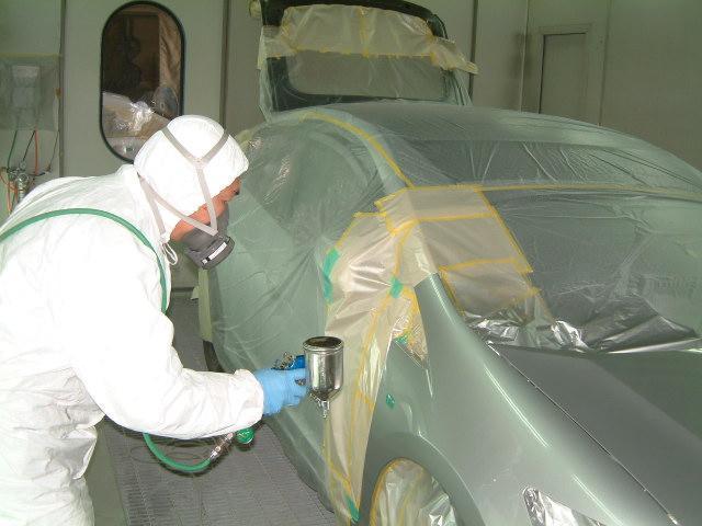 木下鈑金塗装工業所は昭和51年開業してから40年間、お客様から信頼・愛され続けています。