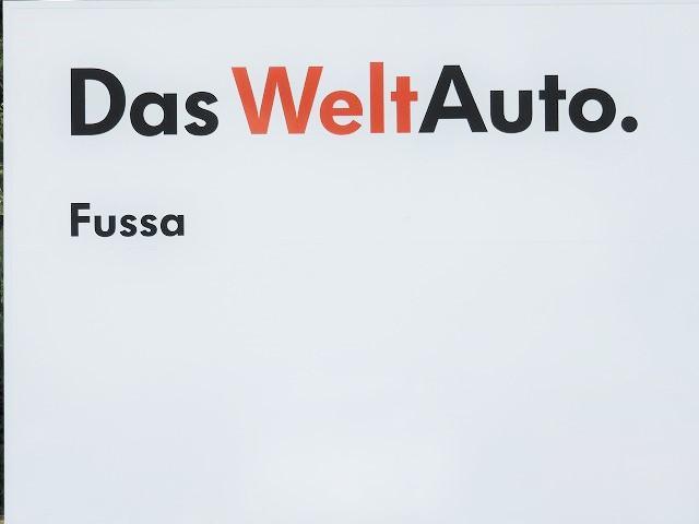 Volkswagen福生 認定中古車センター(3枚目)